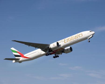 Самолет Боинг 777-200